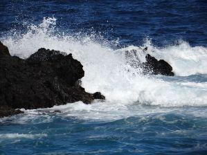 wave-522681__480