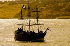 pirate-ship-at-sea.jpg