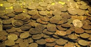 gold-coins-1449935937Ar0.jpg