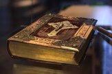 book-3086480__340