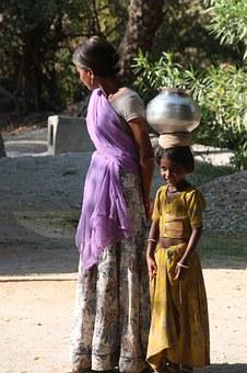 indian-woman-416811__340.jpg
